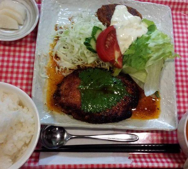 ハンバーグステーキ(デミ・和)
